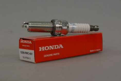 12290RWCA01 | HONDA | Свеча зажигания SILKR8A-S NGK Honda на Acura RDX